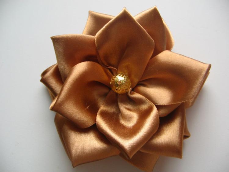 цветочки из атласных ленточек своими руками фото - Портал самоучек
