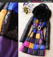 Женское пуховое пальто с лисьим мехом осень-зима 2010.
