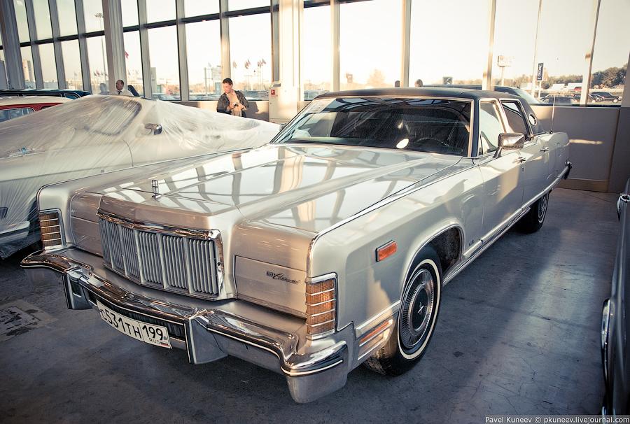 Lincoln Continental Town Car 4-го поколения, 460 ci (7.5 L) 385-series V8