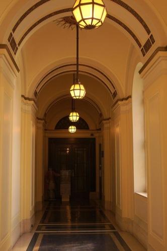 Freemason's Hall. Коридор, ведущий к музею.