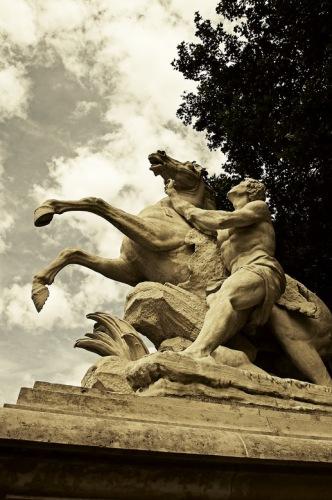 Франция, окрестности Парижа. Марли-ле-Руа. Кони Марли.