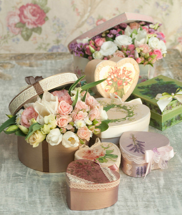 Как сделать коробочку из цветов своими руками